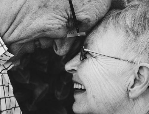 Heeft de leeftijd waarop opa overlijdt invloed op de levensverwachting van de kleinkinderen? – VOLKSKRANT artikel